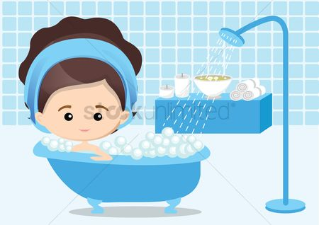 Spa : Woman taking bubble bath