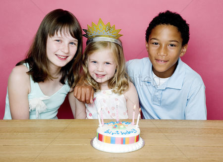 Celebration : Kids celebrating birthday