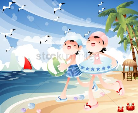 Swimsuit : Children playing at the beach