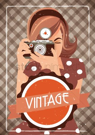 Retro : Girl holding camera