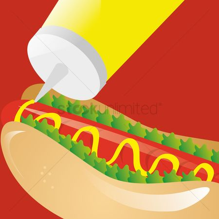 Hotdogs : Hotdog with mustard sauce