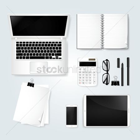 Career : Minimalist table workspace