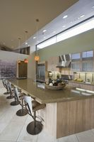 Kitchen worktop and barstoools in palm springs home