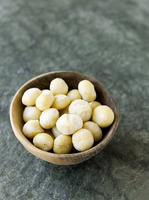 Popular : Macadamia nuts in bowl
