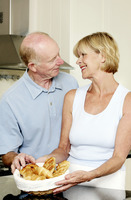 Popular : Senior couple in the kitchen