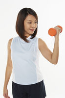 Popular : Woman lifting dumbbell