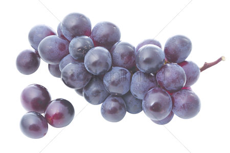 Grapes : A bunch of grapes