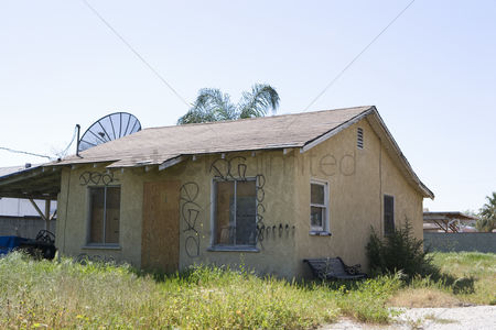 Loss : Abandoned house