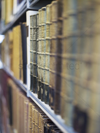 Arts : Antique books on shelf
