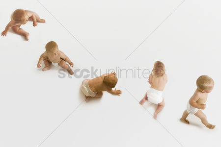 Steps : Babies sitting crawling and walking