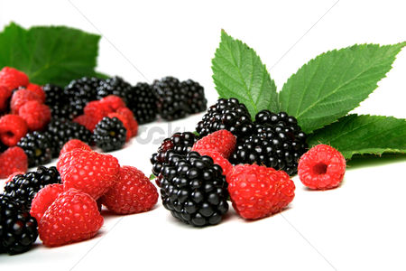 Black background : Blackberries and raspberries on white background