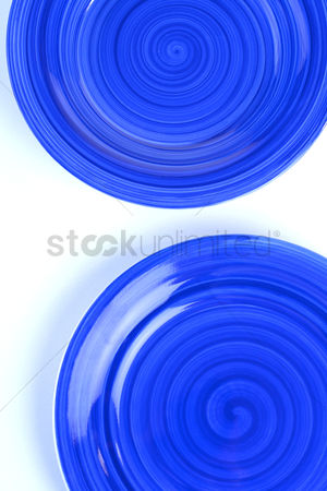 Bowl : Blue plates on white background
