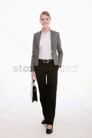 Pocket : Businesswoman carrying bag