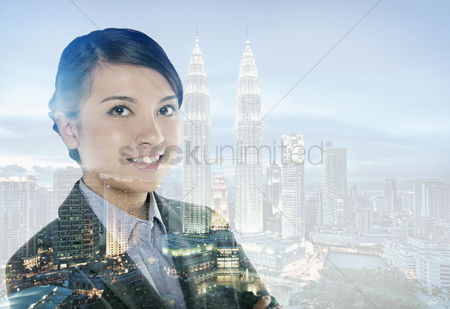 Business suit : Businesswoman smiling