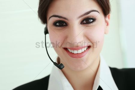 Advice : Businesswoman with telephone headset