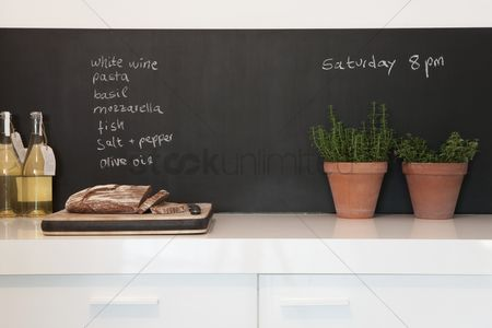 Shopping : Chalkboard with kitchen herbs