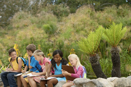 Educational : Children on nature field trip