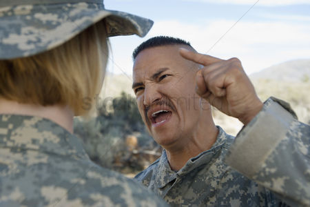Us : Commander yelling at female soldier