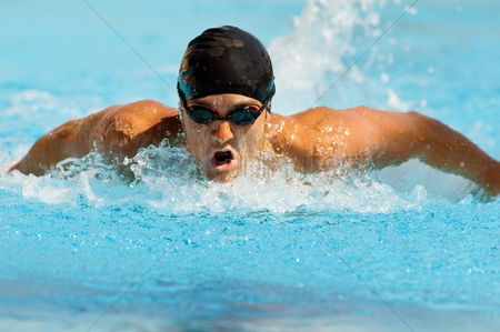 Swimmer : Competitive swimmer