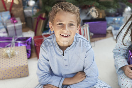 Young boy : Excited boy at christmas