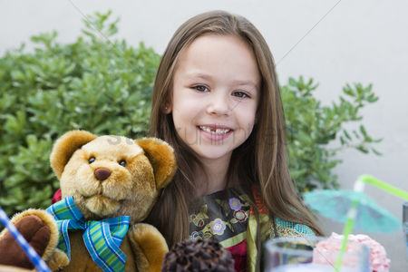 Posed : Girl with teddy bear