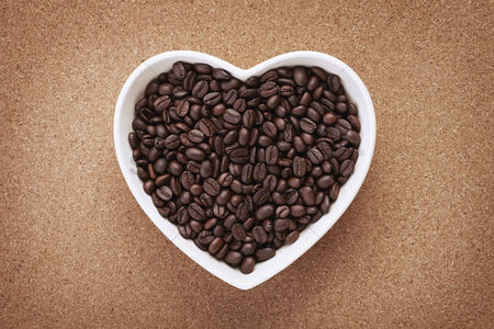 Love : Heart shaped bowl with coffee beans