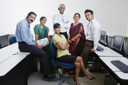 Traditional clothing : Indian businesspeople