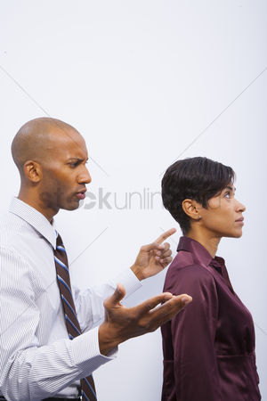 Fight : Man and woman in disagreement