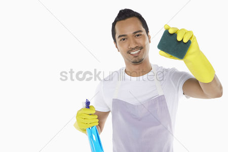 Apron : Man cleaning with sponge
