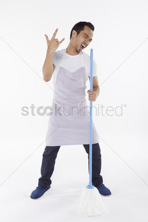 Daydream : Man playing around while cleaning