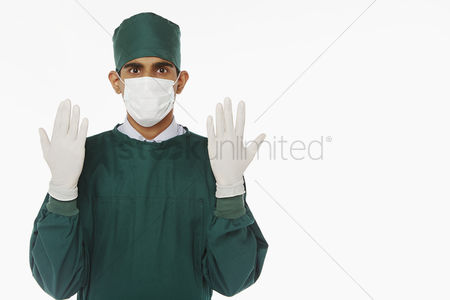 Medical personnel : Medical personnel in surgical gown