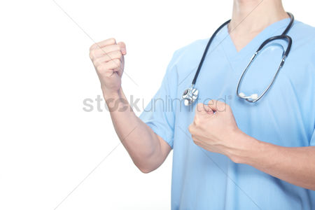 Fight : Medical personnel with clenched fists