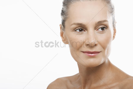 Head shot : Middle-aged woman smiling