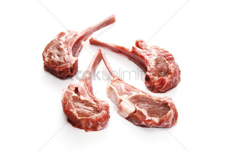 Flavour : Pieces of raw lamb