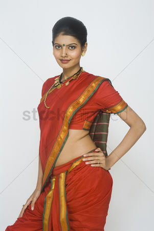 Dance : Portrait of a female folk dancer in traditional maharashtrian dress