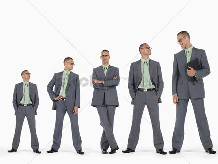 Business suit : Row of businessmen in ascending order of height