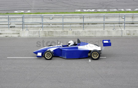 Spirit : Side profile of a formula one racing car