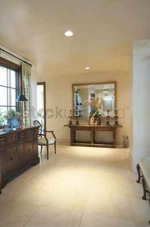 Interior : Spacious entrance hall with wooden furniture