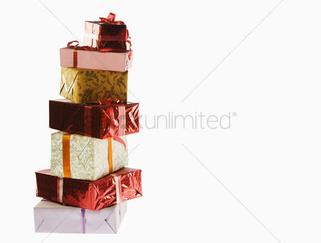 Birthday present : Stack of presents