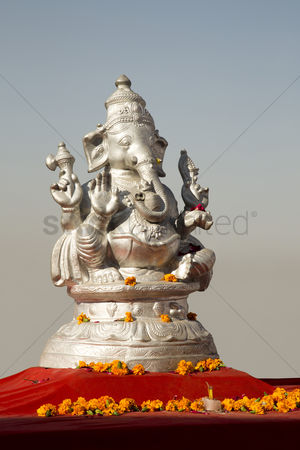 God : Statue of lord ganesha a hindu god  pushkar  ajmer  rajasthan  india