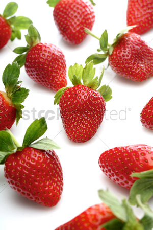 Background : Strawbwrry on white background - close-up