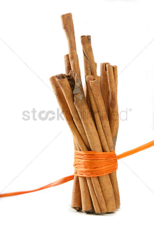 Flavour : Tied bunch of cinnamon sticks