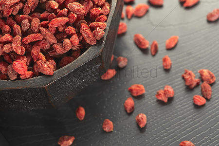 Bowl : Traditional chinese herb chinese wolfberries