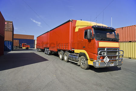 Transportation : Truck and cargo containers at port