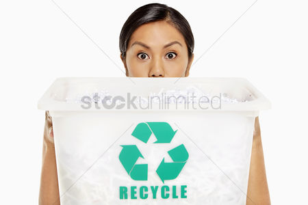Bidayuh ethnicity : Woman covering half her face with a plastic box