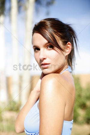 Attraction : Woman giving her best pose for the camera