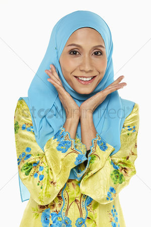 Traditional clothing : Woman in malay traditional clothing  smiling