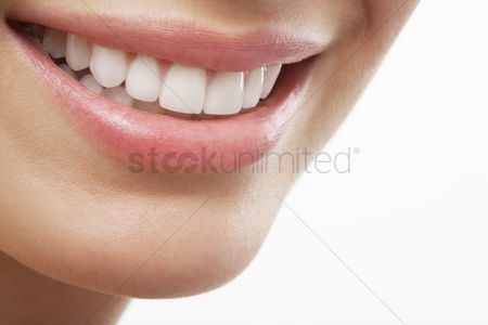 Smiling : Woman s open mouth smiling