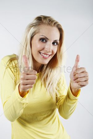 Respect : Woman showing thumbs up