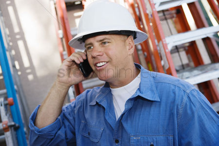 Cellular phone : Worker talking on cell phone